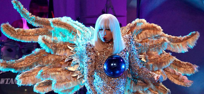 'Yerli Lady Gaga' geliyor