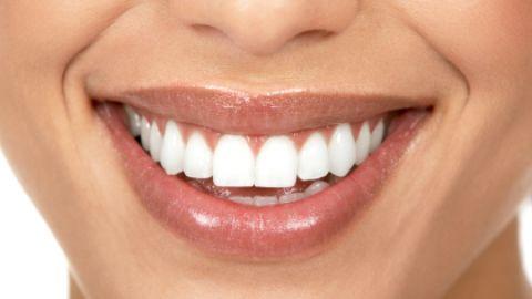 İşte dişlerde leke bırakan gıdalar