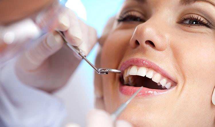 Ağız ve Diş sağlığında doğru bilinen 10 yanlış