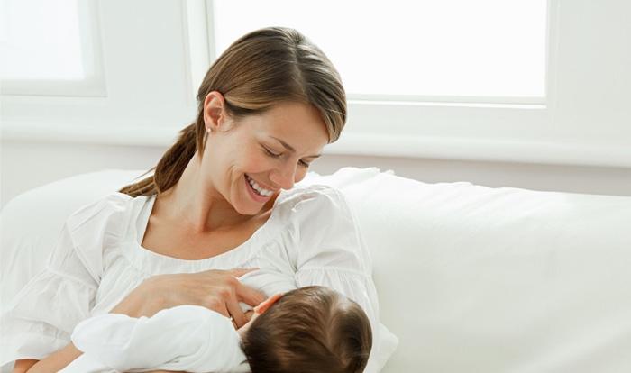 Grip olan anneler bebeğini nasıl emzirmeli?