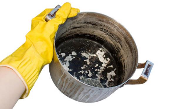 Yanan tencere nasıl temizlenir?
