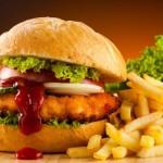 Yakın zamanda Montreal Üniversitesi´nde yapılan bir araştırma fast food ürünlerinin beynin kimyasını değiştirdiğini ortaya koymuştur. Bu da depresyon ve anksiyete sorunlarına yol açmaktadır.
