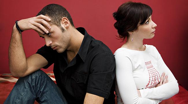 Erkekler sevgilerini neden belli etmez?