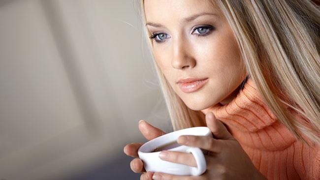 Bu özelliği kadınlara çay içirecek