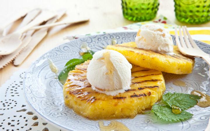Dondurmalı kızarmış ananas