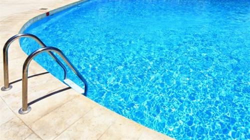 lensle-havuza-neden-girilmez-2