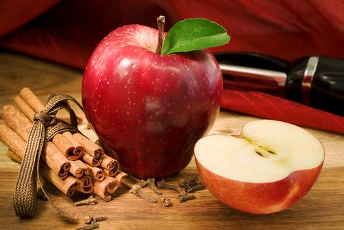 elma-ve-tarcinin-harika-birlikteligi-1